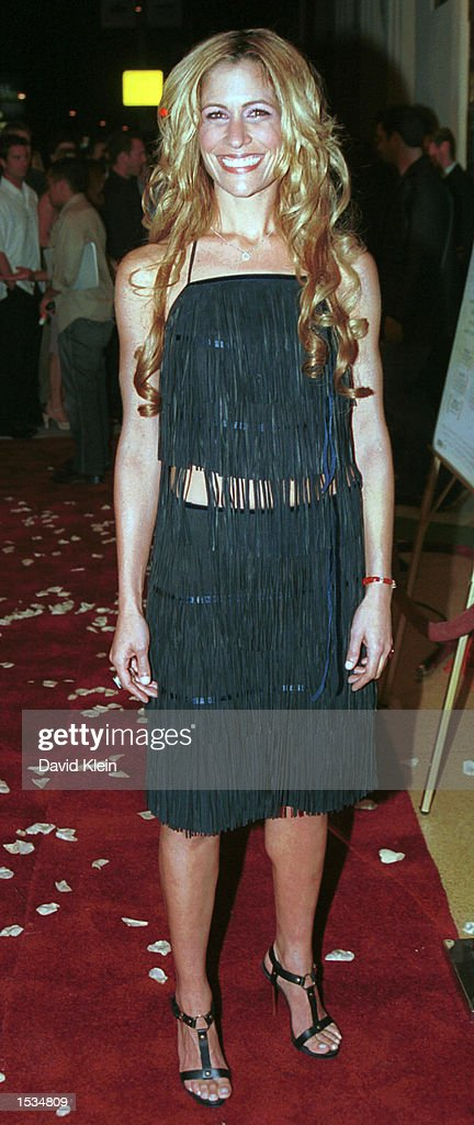Director Vanessa Parise arrives at the premiere of 'Kiss the Bride' at the Showcase Regent Theatre October 23, 2002 in Los Angeles, California.