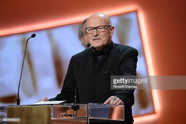 Director Volker Schloendorff receives the Best Adapted Screenplay award for 'Diplomatie' during the 40th Cesar Film Awards 2015 Ceremony at Theatre...