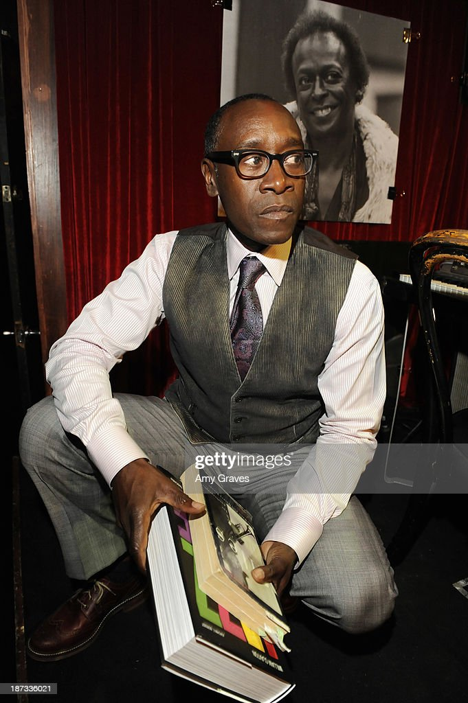 Director/Actor <a gi-track='captionPersonalityLinkClicked' href=/galleries/search?phrase=Don+Cheadle&family=editorial&specificpeople=202096 ng-click='$event.stopPropagation()'>Don Cheadle</a> attends the IM Global/UTA Reception for 'Kill The Trumpet Player' on November 7, 2013 in Santa Monica, California.