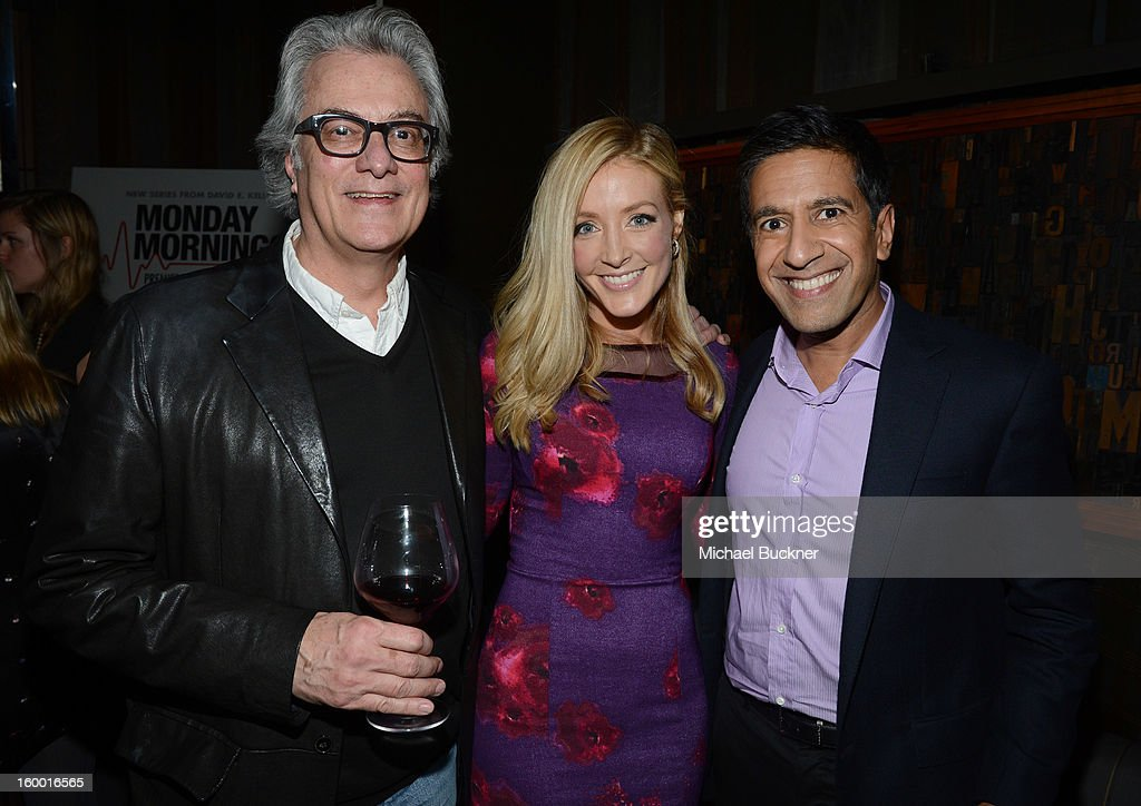 Director/Executive Producer Bill D'Elia, actress Jennifer Finnigan and writer/executive producer Dr. Sanjay Gupta attend 'Monday Mornings' Premiere Reception at at BOA Steakhouse on January 24, 2013 in West Hollywood, California. (Photo by Michael Buckner/WireImage) 23200_001_MB_0133.jpg