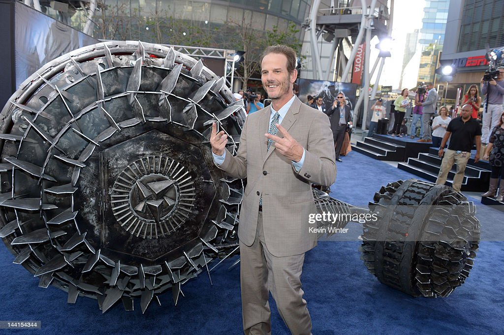 Director/producer <a gi-track='captionPersonalityLinkClicked' href=/galleries/search?phrase=Peter+Berg&family=editorial&specificpeople=221450 ng-click='$event.stopPropagation()'>Peter Berg</a> arrives at the premiere of Universal Pictures' 'Battleship' at Nokia Theatre L.A. Live on May 10, 2012 in Los Angeles, California.