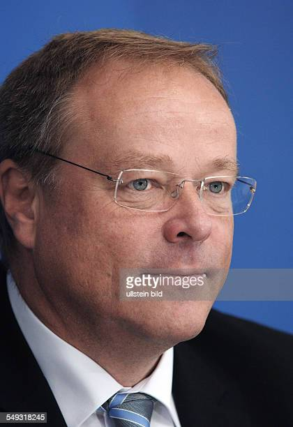 Dirk NIEBEL Federal Minister for Economic Cooperation at a press conference at Bonn
