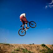 Dirt Jumping Mountain Bike