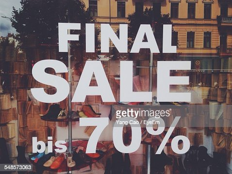 Discount Sign On Shop Window