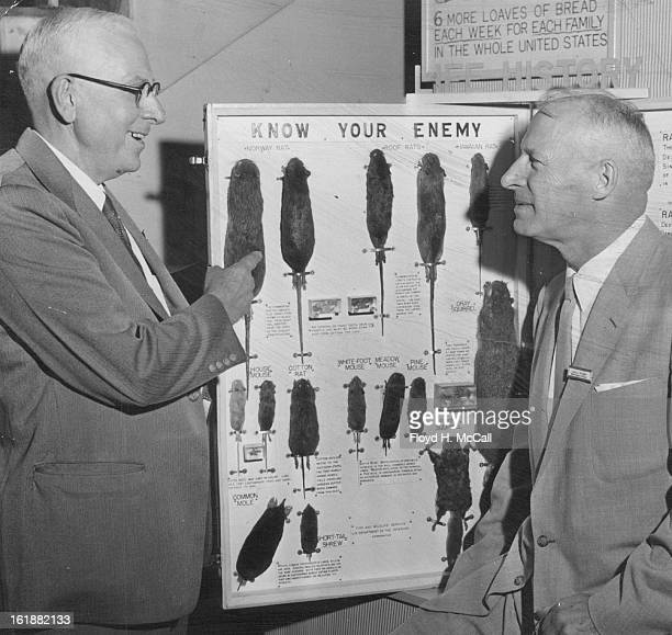 SEP 10 1954 SEP 14 1954 Discussing rats chief problem of the predator and rodent branch of the US Fish and Wildlife service at a sixday general...