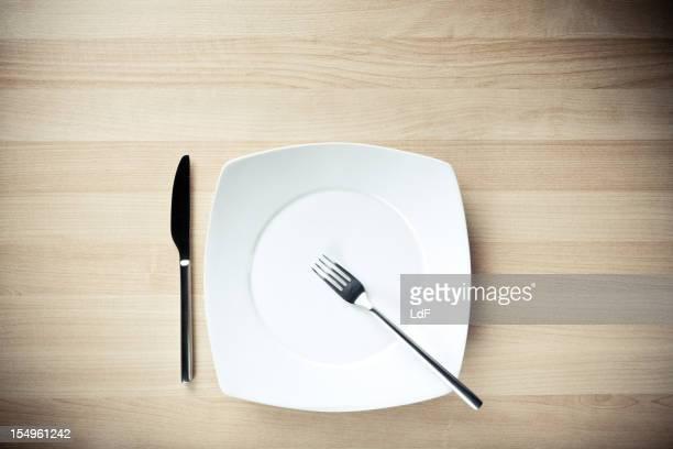 Gericht, Messer und Gabel