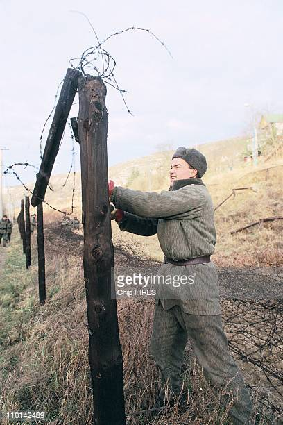 Dismantle of the 'Iron Curtain' at Czech Austria border in Republique Tcheque in December 1989