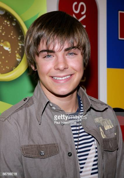 Disney Channel actor Zac Efron poses at Splashlight Studios February 9 2006 in New York City