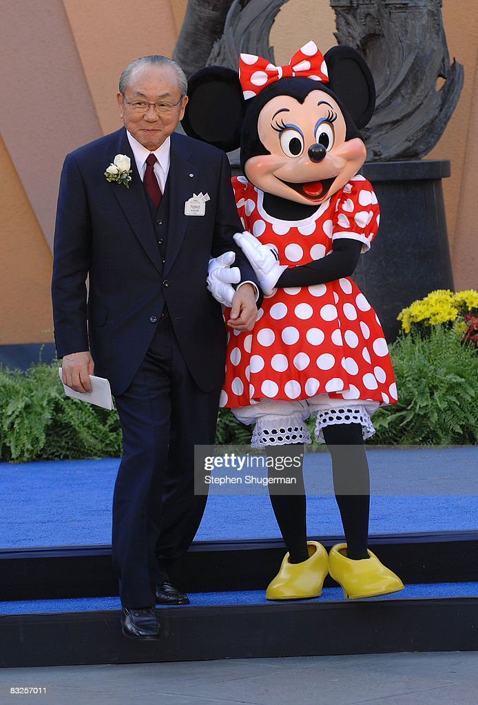 Disney Legends Honoree Toshio Kagami and Disney charactor Minnie Mouse attend the 2008 Disney Legends Ceremony at the Walt Disney Studios on October 13, 2008 in Burbank, California.