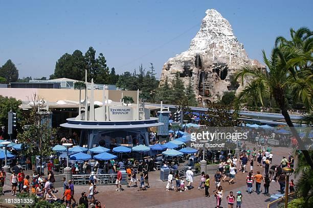 Disneyland Resort Anaheim bei Los Angeles Kalifornien USA Amerika Nordamerika Vergnügungspark Freizeitpark Reise