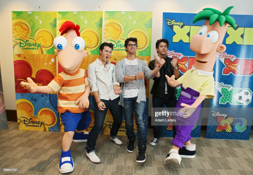 CORPORATE - Disney-ABC Television Group's summer press junket was held on May 15, 2010 in Burbank, California. (Photo by Adam Larkey/Disney Channel via Getty Images) PHINEUS, KEVIN