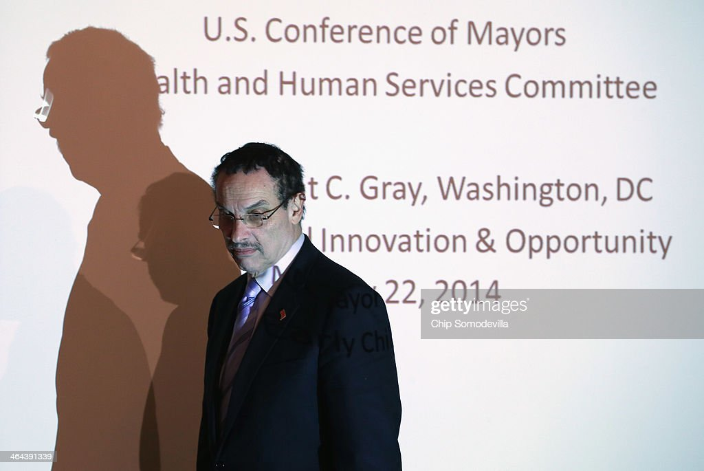 District of Columbia Mayor Vincent Gray arrives before Health and Human Services Secretary Kathleen Sebelius delivers remarks to the U.S. Conference of Mayors January 22, 2014 in Washington, DC. Sebelius talked to local leaders from across the country about the Affordable Care Act, Medicaid and the rollout of the Healthcare.gov Web site.