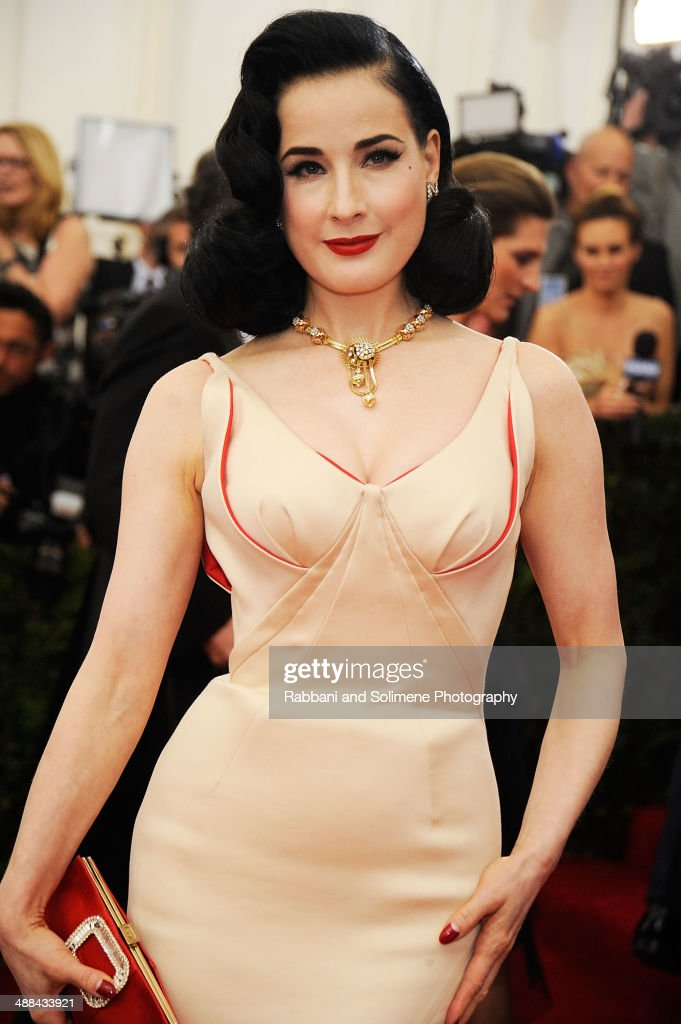 <a gi-track='captionPersonalityLinkClicked' href=/galleries/search?phrase=Dita+Von+Teese&family=editorial&specificpeople=210578 ng-click='$event.stopPropagation()'>Dita Von Teese</a> attends the 'Charles James: Beyond Fashion' Costume Institute Gala at the Metropolitan Museum of Art on May 5, 2014 in New York City.