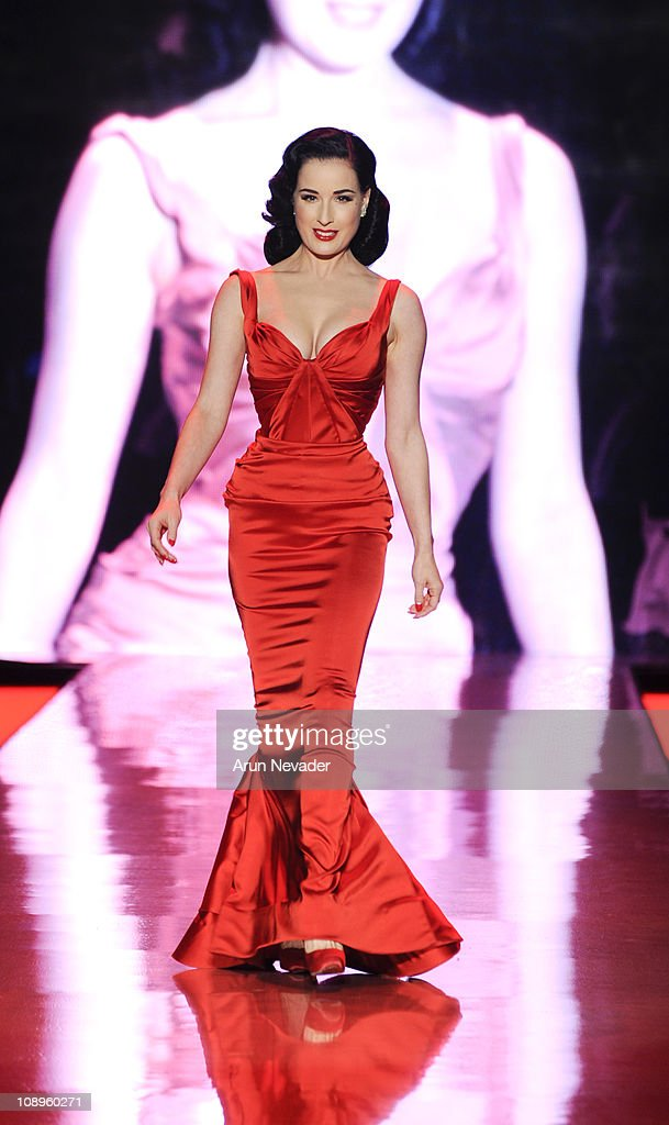 <a gi-track='captionPersonalityLinkClicked' href=/galleries/search?phrase=Dita+Von+Teese&family=editorial&specificpeople=210578 ng-click='$event.stopPropagation()'>Dita Von Teese</a> wearing Zac Posen walks the runway at the Heart Truth Fall 2011 fashion show during Mercedes-Benz Fashion Week at The Theatre at Lincoln Center on February 9, 2011 in New York City.