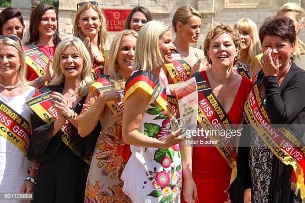 Diverse Missen von 19572013 Brigitte Lüssem Anja HörnichClüver Susann Giesa Nicole Kusch Leticia Koffke Ines Klemmer 'Das große Miss GermanyTreffen'...