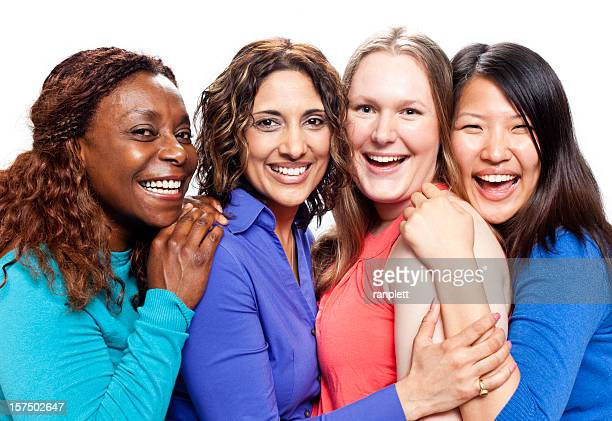 Diverse donne con sorrisi belli naturale