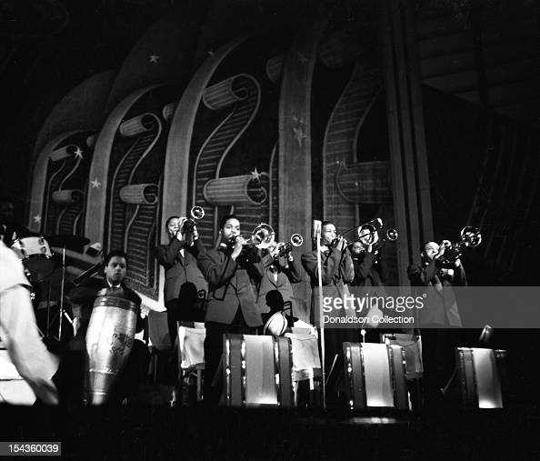 Dizzy Gillespie And His Orchestra - Cool Breeze