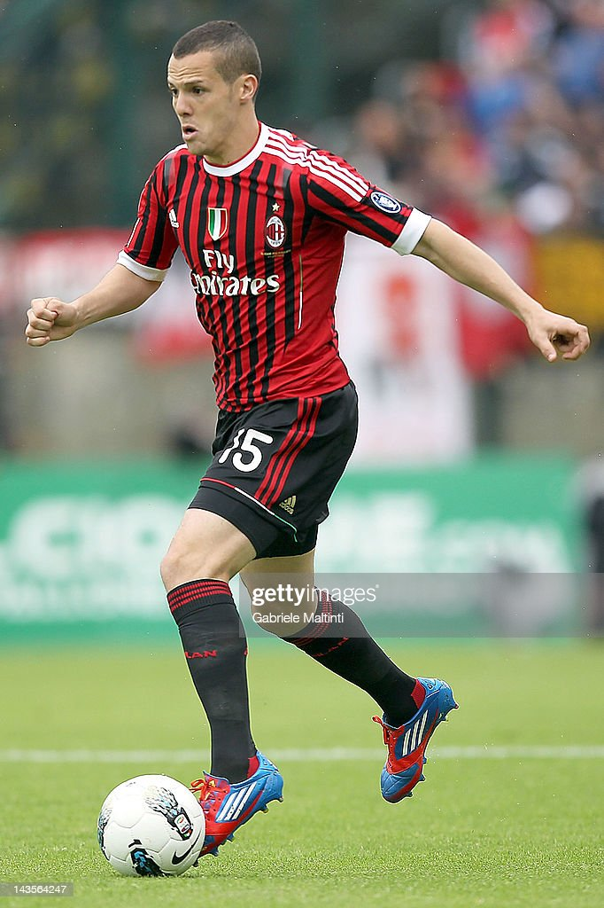 <a gi-track='captionPersonalityLinkClicked' href=/galleries/search?phrase=Djamel+Mesbah&family=editorial&specificpeople=6693283 ng-click='$event.stopPropagation()'>Djamel Mesbah</a> of AC Milan in action during the Serie A match between AC Siena and AC Milan at Artemio Franchi - Mps Arena Stadium on April 29, 2012 in Siena, Italy.