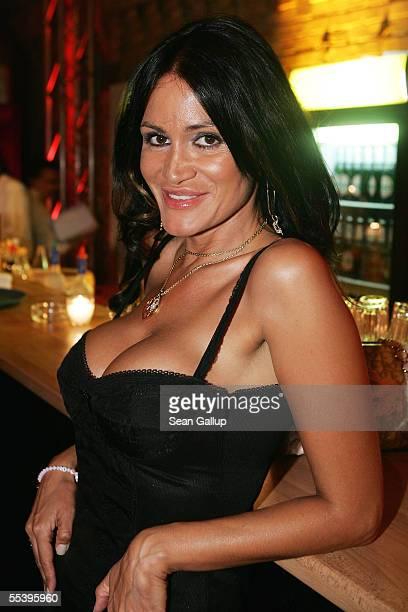 Djamila Rowe Stock Fotos Und Bilder Getty Images