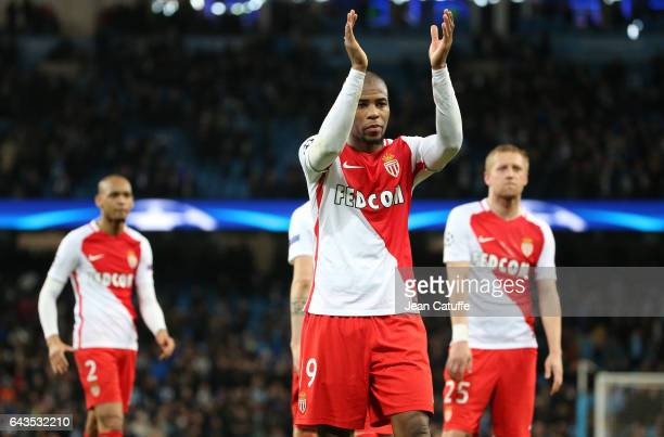 Djibril Sidibe of Monaco thanks the supporters following the UEFA Champions League Round of 16 first leg match between Manchester City FC and AS...