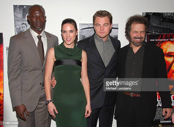 Djimon Hounsou Jennifer Connelly Leonardo DiCaprio and Edward Zwick director
