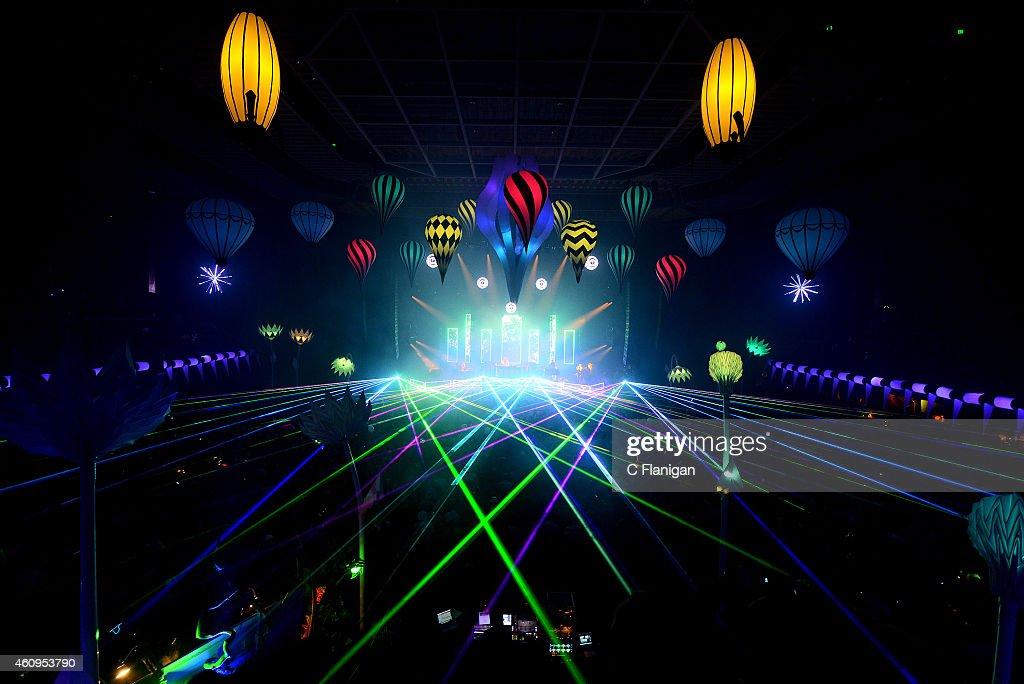 Sea Of Dreams NYE At Bill Graham Civic Auditorium