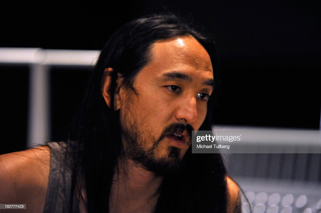 Producer Steve Aoki arrives at an 'Up Close & Personal with Steve Aoki and Kaskade' Q&A session for GRAMMY U Los Angeles at Los Angeles Film School on September 25, 2012 in Los Angeles, California.