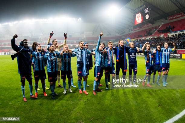 Djurgardens IF celebrates after the victory during the allsvenskan match between Kalmar FF and Djurgarden IF at Guldfageln Arena on November 5 2017...