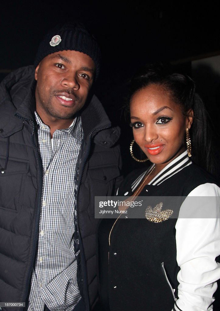 <a gi-track='captionPersonalityLinkClicked' href=/galleries/search?phrase=D-Nice&family=editorial&specificpeople=569435 ng-click='$event.stopPropagation()'>D-Nice</a> and LoLa Monroe attend Wiz Khalifa's 'O.N.I.F.C.' Listening Party at The West Way on November 26, 2012 in New York City.