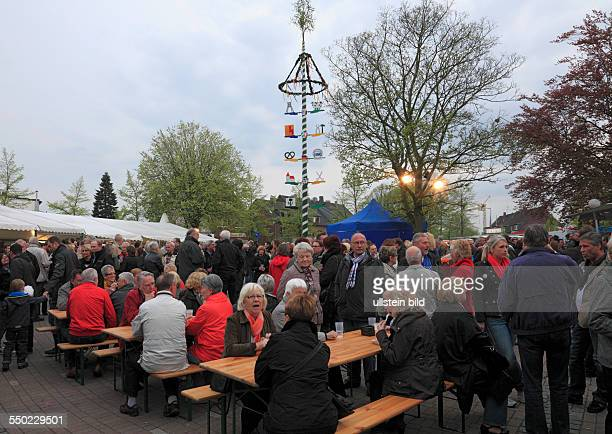 DOberhausen DOberhausenSterkrade SterkradeSchmachtendorf Lower Rhine Ruhr area Rhineland North RhineWestphalia NRW traditions customs May festival on...