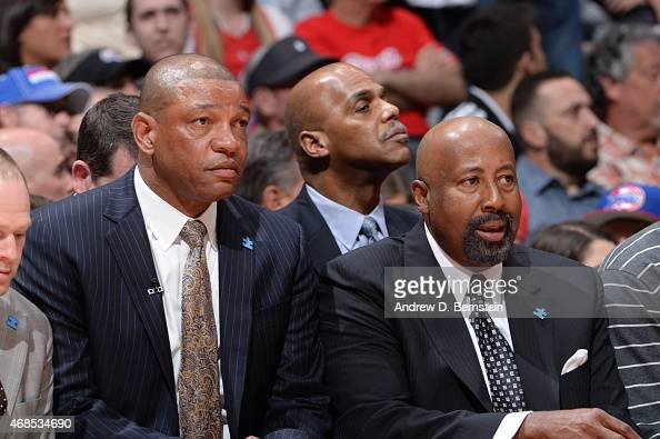 Doc Rivers and Mike Woodson of the Los Angeles Clippers sit on the sideline during a game against the Golden State Warriors on March 31 2015 at...