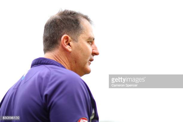 Dockers coach Ross Lyon looks on during the round 21 AFL match between the Sydney Swans and the Fremantle Dockers at Sydney Cricket Ground on August...
