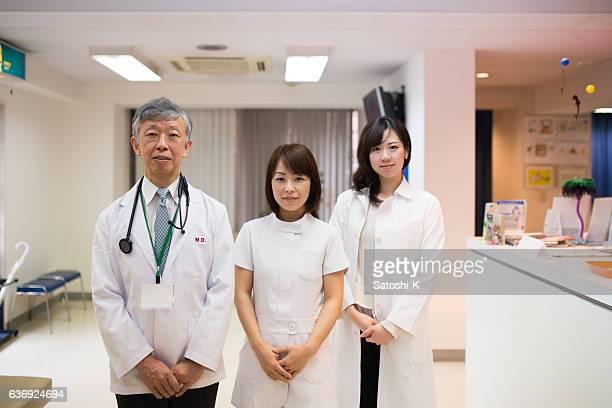 医師や看護師に立つ病院