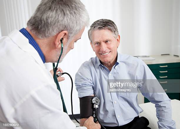 Medico esamina il Paziente