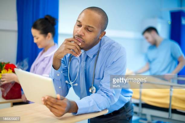 Médecin sur la ward