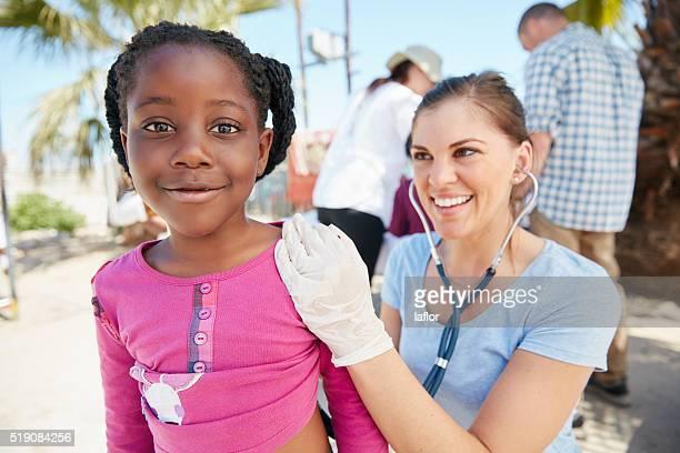 Médecin prend soin de nous