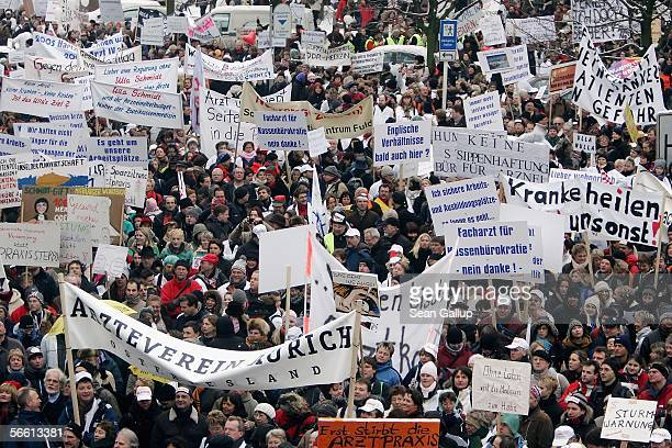 Doctors and medical practitioners demonstrate near Germany's Ministry of Health January 18 2006 in Berlin Germany An estimated half of Germany's...