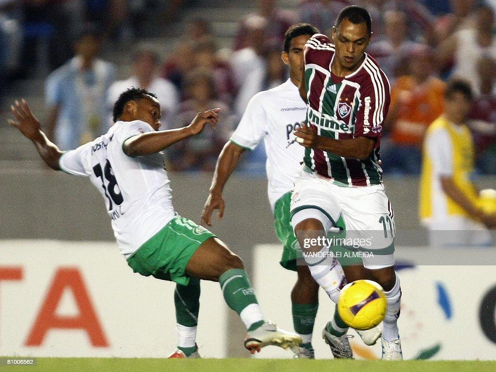 Dodo R of Brazil s Fluminense FC vies