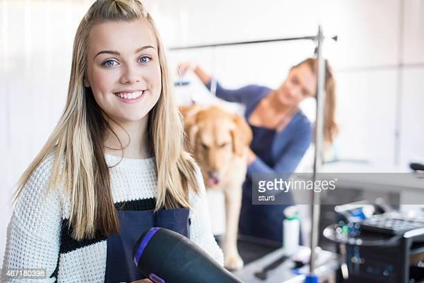 Hund groomer Porträt