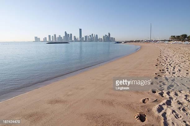 Doha horizonte desde la playa