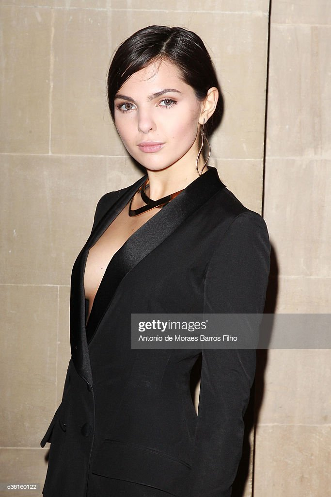 <a gi-track='captionPersonalityLinkClicked' href=/galleries/search?phrase=Doina+Ciobanu&family=editorial&specificpeople=8958837 ng-click='$event.stopPropagation()'>Doina Ciobanu</a> attends Christian Dior showcases its spring summer 2017 cruise collection at Blenheim Palace on May 31, 2016 in Woodstock, England.
