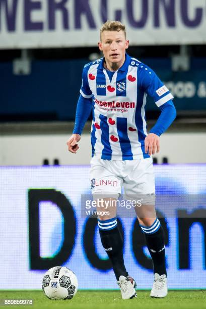 Doke Schmidt of sc Heerenveen during the Dutch Eredivisie match between sc Heerenveen and VVV Venlo at Abe Lenstra Stadium on December 09 2017 in...