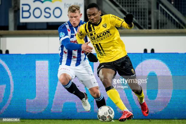 Doke Schmidt of sc Heerenveen Kelechi Nwakali of VVV during the Dutch Eredivisie match between sc Heerenveen and VVV Venlo at Abe Lenstra Stadium on...