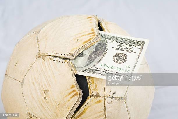 Dollar et déchiré ball