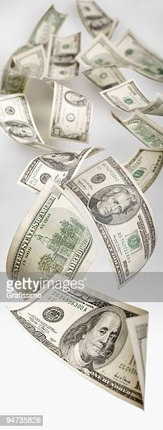 Dólares a voar através do Espaço