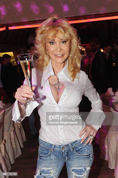 Dolly Buster attends the 'Schnitzelessen Party' at Rosis Sonnenbergstuben on January 23 2010 in Kitzbuehel Austria