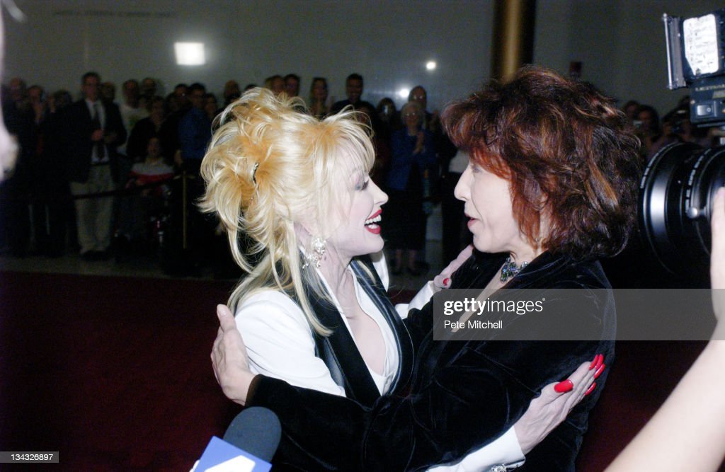 Dolly Parton and Lily Tomlin during 6th Annual Mark Twain Prize For American Humor Honoring Lily Tomlin Arrivals at The John F Kennedy Center For The...