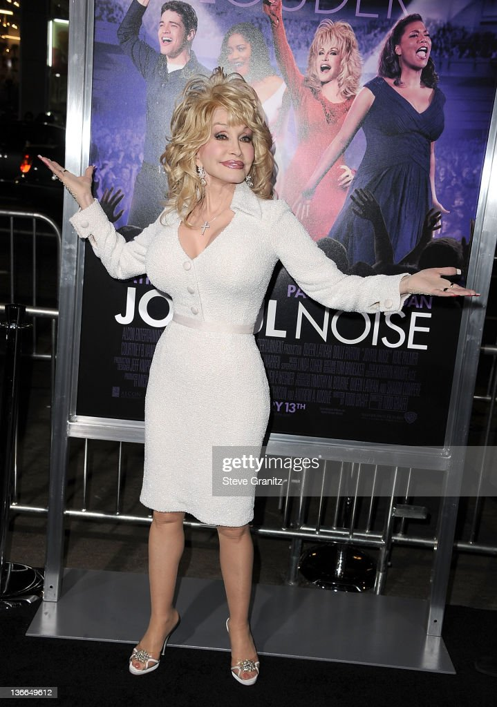 Dolly Parton attends the 'Joyful Noise' Los Angeles Premiere at Grauman's Chinese Theatre on January 9, 2012 in Hollywood, California.