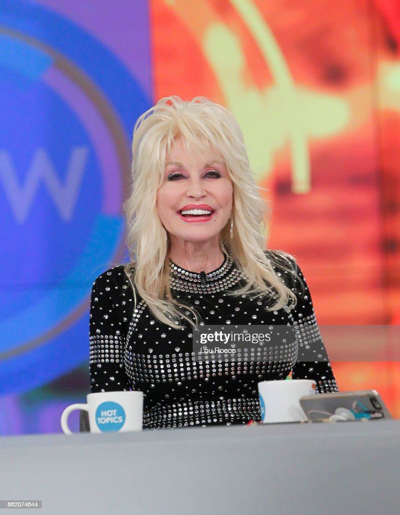 THE VIEW - Dolly Parton is the guest today Monday, October 16, 2016 on ABC's 'The View.' 'The View' airs Monday-Friday (11:00 am-12:00 pm, ET) on the ABC Television Network. PARTON