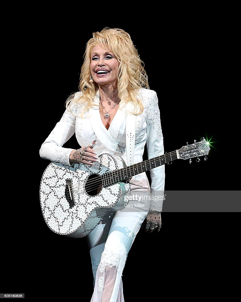 Dolly Parton performs in concert at The Frank Erwin Center on December 6, 2016 in Austin, Texas.